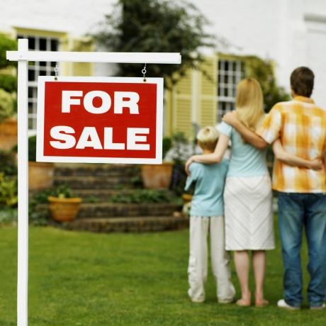Un par de consejos importantes antes de comprar una casa usada.